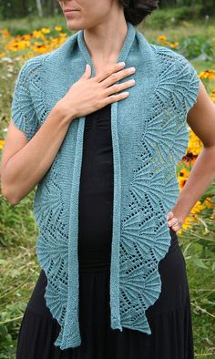 Bliss Shawl pattern by Amanda Lilley