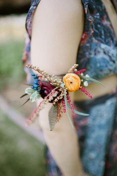 Florist: Bella Lu Floral - River Bend Colorado Wedding by Our Love is Loud - via ruffled