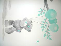Muurschildering babykamer beertje met ballonnen