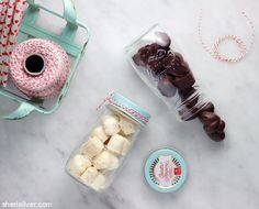 These two-ingredient Nestle crunch hearts couldn't be easier, more adorable or more perfect for Valentine's Day! Wheat Free Baking, Yummy Treats, Sweet Treats, Edible Gifts, Dairy Free, Vegan Recipes, Hearts, Valentines, Age