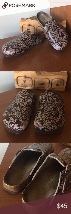121c920785d7 Papillio by Birkenstock Papillio clogs by Birkenstock. Ladies size 9. A  little wear on