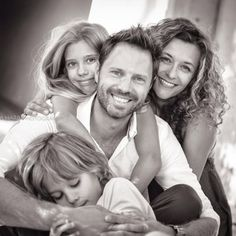 Beautiful Family Shooting by Martina Harb Photography Beautiful Family, Family Photography, Couple Photos, Couples, Wedding, Couple Shots, In Laws, Family Photos, Family Pics