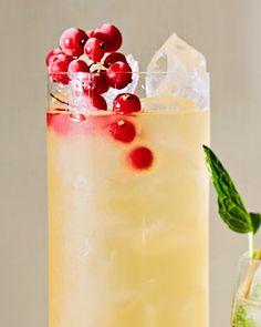 Minimal ingredients with an impressive result? Sign us up! Green tea and passion-fruit juice marry for a subtle tropical taste. #marthastewart #mocktails #summerdrinks