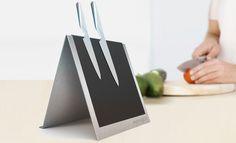 Messerblock - Wenn du auch keine Lust mehr auf platzverschwenderische Holzpflöcke in der Küche hast, die deine Messer nicht in Szene setzen können, dann beteilige dich doch an unserem modernen Projekt eines futuristischen Messerblocks!