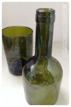 Manualidades google and navidad on pinterest - Como cortar botellas de vidrio ...
