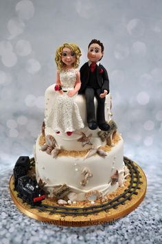 Beach wedding cake - Swanage railway - Cake by Hip-pop cakes