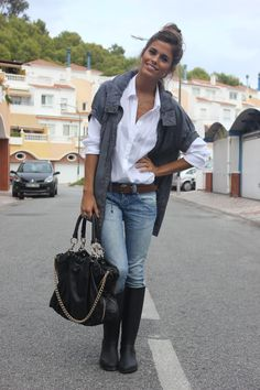 Rainy days , Zara in Trenches, Pull & Bear in Shirt, Zara in Bags, Zara in Jeans Long White Shirt, White Shirt And Jeans, White Shirt Outfits, Casual Outfits, Cute Outfits, Looks Style, Casual Looks, Style Me, Classy Style