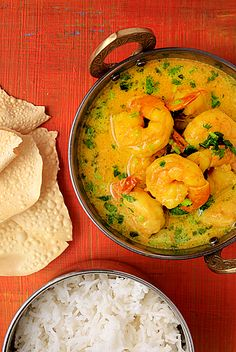 Prawn and coconut curry in 35 minutes: Simple, fast with awesome flavours.