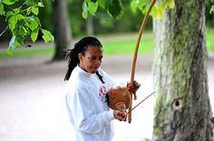 Capoeira Yogyakarta: MESTRA EDNA: Mestre Perempuan Pertama di Dunia, Pemegang Sabuk Hitam Karate, dan Profesor Dansa