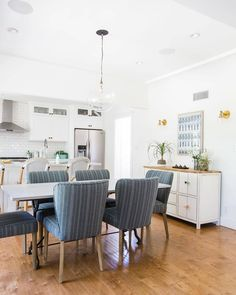 This Los Angeles bungalow boasts travel inspired decor and a designer eye for detail. Comfortable Dining Chairs, Interior Decorating, Interior Design, Living Styles, California Homes, Upholstered Dining Chairs, Inspired Homes, Home Decor Inspiration, House Design