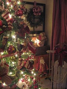 seasonal christmas the magic of the holiday makes another appearance in an adorable presentation of holiday decor in a primitive christmas theme