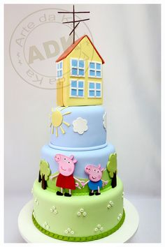Peppa Pig cake with Giant House. Would look better without house on top. Bolo Fake Peppa, Bolo Da Peppa Pig, Tortas Peppa Pig, Pig Birthday Cakes, 3rd Birthday, Character Cakes, Girl Cakes, Creative Cakes, Celebration Cakes