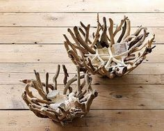 From WS Home - natural driftwood bowls - I think I'll remember to go driftwood h. - From WS Home – natural driftwood bowls – I think I'll remember to go driftwood hunting and hop - Driftwood Sculpture, Driftwood Art, Driftwood Wreath, Driftwood Table, Sculpture Art, Beach Crafts, Diy And Crafts, Driftwood Projects, Ideias Diy