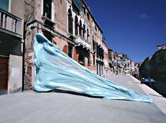 simone decker artist sculpture installation photography chewing gum venice