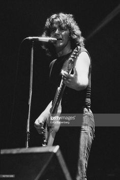 <a gi-track='captionPersonalityLinkClicked' href=/galleries/search?phrase=John+Wetton&family=editorial&specificpeople=4419622 ng-click='$event.stopPropagation()'>John Wetton</a> of Uriah Heep performing on stage at the Roundhouse, London, United Kingdom, 1976.