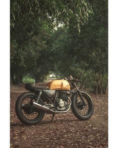 Honda GB250 Cafe Racer by Sabbath Bob Custom #motorcycles #caferacer #motos   caferacerpasion.com