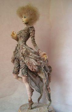 Art Dolls by Irina Deineko - Ira Deineko - Picasa Albums Web Clay Dolls, Bjd Dolls, Doll Toys, Beautiful Barbie Dolls, Paperclay, Little Doll, Doll Maker, Art Plastique, Ball Jointed Dolls