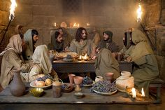 """A reenactment of The Last Supper from CNN's Original Series """"Finding Jesus: Faith, Fact, Forgery."""" Photo courtesy of Nutopia/CNN Passion Of Christ Images, Jesus Christ Images, Jesus Art, The Last Supper Tattoo, Jesus Last Supper, The Last Supper Painting, Christian Images, Christian Art, Bible Photos"""