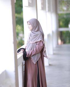 Muslim Dress, Hijab Dress, Instant Hijab, Black Hijab, Islam Women, Casual Hijab Outfit, Cute Love Couple, Beautiful Hijab, Mode Hijab