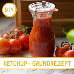 Tomatenketchup mit leckeren Gewürzen. Give Peas A Chance, Hot Sauce Bottles, Food, Fried Cabbage Recipes, Cilantro, Meal, Eten, Meals