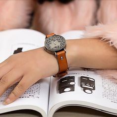 Casual Watch Vintage design Solid digit quartz watch Women Men Ladies  #Fashion #Casual