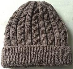 Cappelli di lana ai ferri da uomo - Cappello di lana marrone ... f980f7e7e333