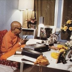 """H.D.Goswami on Instagram: """"Tomorrow, LIVE Srimad-Bhagavatam 1.11.20 at 10am Est (Facebook and YouTube) #prabhupada #srilaprabhupad #bhagavatam #srimadbhagavatam…"""" Spiritual Life, Spirituality, Facebook, Live, Youtube, Instagram, Home Decor, Decoration Home, Room Decor"""