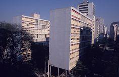 Clássicos da Arquitetura: Edifício Louveira / João Batista Vilanova Artigas e Carlos Cascaldi - archdaily.com