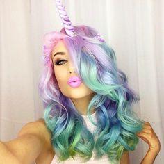 Cheveux de licorne - coiffure - mode - fashion - femme - woman - unicorn  - Rainbow - arc-en-ciel