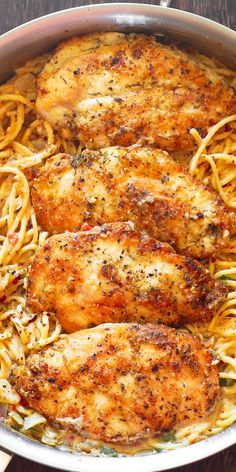 Chicken Pasta In Creamy White Wine Parmesan Cheese Sauce By cookingclassy.us Chicken Pasta in Creamy White Wine Parmesan Cheese Sauce will r. Chicken Parmesan Recipes, Baked Chicken Recipes, Recipe Chicken, Butter Chicken, Garlic Butter, Garlic Chicken, Healthy Chicken, Chicken Meals, Crispy Chicken