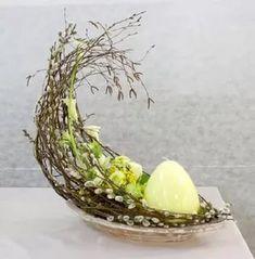 Billedresultat for Oka Hiroyuki Monograph Easter Flower Arrangements, Easter Flowers, Floral Arrangements, Easter Table, Easter Eggs, Diy Ostern, Festa Party, Deco Floral, Easter Holidays