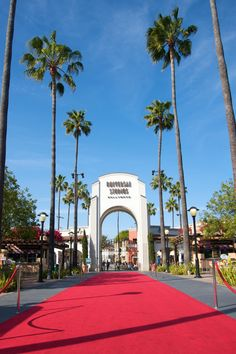 Hollywood– Home To The American Film Industry!  USA ...