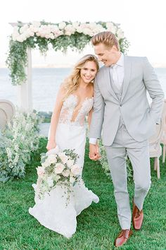 A Loews Coronado wedding in San Diego is always thought of as sophisticated but this wedding inspiration takes it over the top with the grooms grey suit and bride's lace gown to compliment the pastel wedding decor and antique furniture, check it out! Light Grey Suits Wedding, Grey Tux Wedding, Beach Wedding Groomsmen, Wedding Attire, Best Wedding Suits For Groom, Wedding Decor, Wedding Ideas, Groom And Groomsmen Suits, Groom Attire