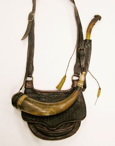 Contemporary Makers: Hunting Pouch by Jesse Brennan