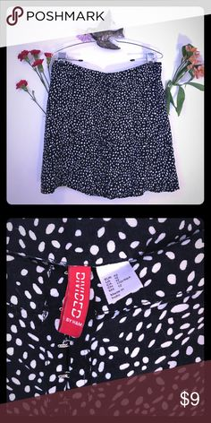 Adorable H&M polka dot skirt Navy with irregular white dots - front clasps all the way down the front - great fit - dress up or down H&M Skirts Circle & Skater