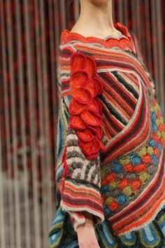 Kenzo crochet sweater detail - superbe !!!