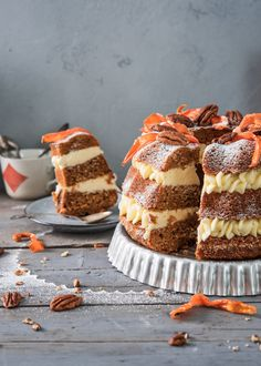 Porkkanakakun uudet tuulet – Perinneruokaa prkl | Meillä kotona Cake Recipes, Snack Recipes, Dessert Recipes, Healthy Gourmet, Sweet Bakery, Piece Of Cakes, No Bake Desserts, Let Them Eat Cake, No Bake Cake