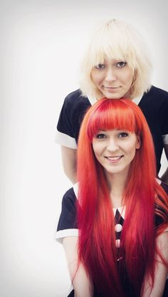The MonaLisa Twins gallery is a colorful and large collection of live and studio photos that have accumulated throughout their musical career. Recorder Music, Best Vibrators, Girl Bands, Photo Studio, Mona Lisa, Twins, Long Hair Styles, Gallery, Guitar