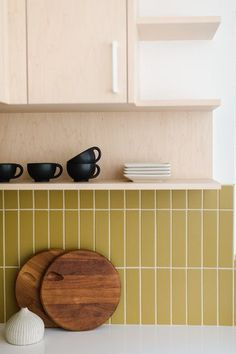 Modern Kitchen Tiles, Mid Century Modern Kitchen, Kitchen Colors, Condo Kitchen, Kitchen Interior, Kitchen Remodel, Brick Tile Backsplash, Kitchen Backsplash, Brick Tiles