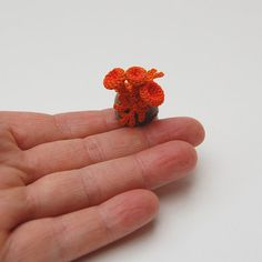 8 tips for micro #crochet from Ashley Little of @becraftsy