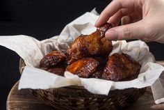 Pressure Cooker Chicken Wings Recipe: Make these Super Easy Lifesaver BBQ Pressure Cooker Chicken Wings! Finger-licking wings ready in 35 mins. Perfect emergency party food or appetizer.