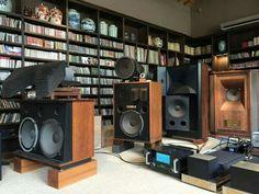 High end audio audiophile listening room (fb)