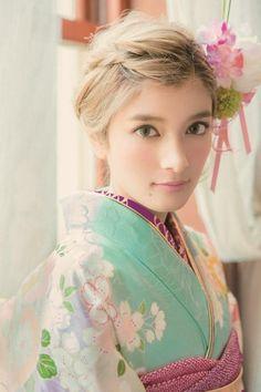 Japan Model, Folk Costume, Costumes, Japanese Beauty, Yukata, Shakira, How Beautiful, Beautiful Ladies, Woman Crush