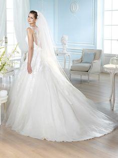 Vestido de novia, modelo Hamdi de St. Patrick 2014  www.sanpatrickgranada.es