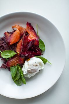 beetroot and peppercorn spiced cured salmon