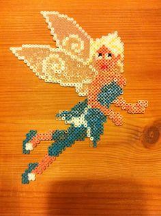 Hama perler beads Tinkebell Klokkeblomst Tink's twin Periwinkle Klokkes tvilling Vinterlilje