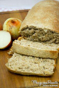 Pão Integral de Cebola será o grande sucesso no seu lanche da tarde ou um jantar bem leve. Clique na imagem para ver a receita no blog Manga com Pimenta.