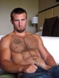 http://furrypty.tumblr.com/– a blog to indulge your senses with the beauty of male shapes
