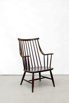 Lena Larsson voor Nesto spijlen fauteuil op www.vanOnS.eu