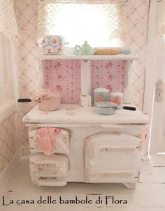 Country chic AGA style kitchen stove with accessories - dolls house… Shabby Chic Kitchen, Shabby Chic Cottage, Country Kitchen, Doll Furniture, Dollhouse Furniture, Shabby Chic Furniture, Miniature Rooms, Miniature Kitchen, Miniature Figurines